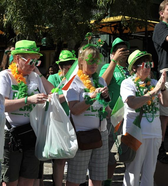 New York-New York Hotel & Casino kicks off Celtic Feis Celebration with Parade and Guinness Toast