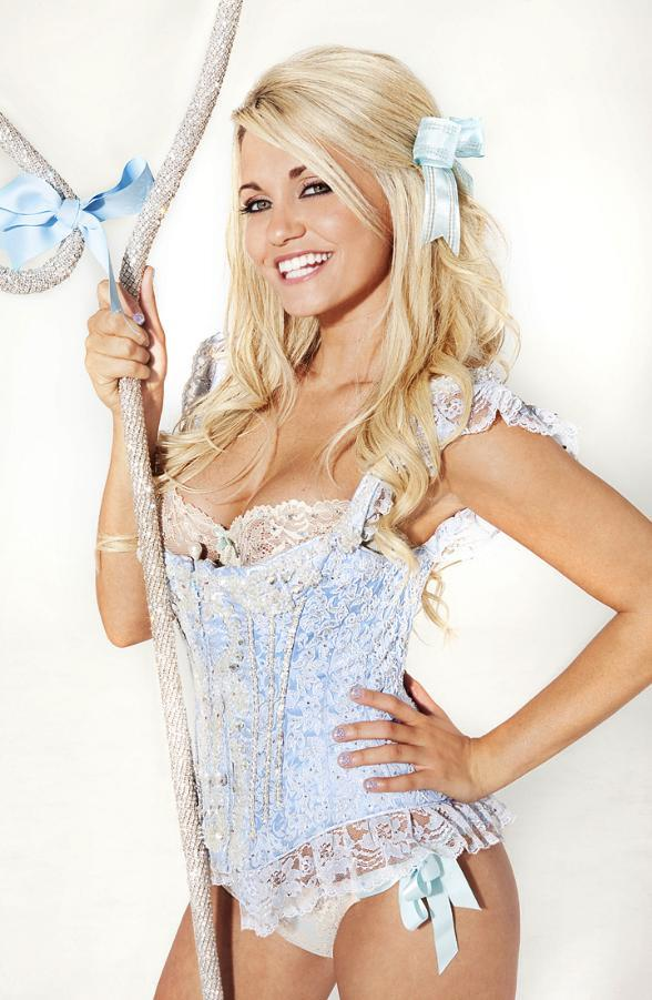 Starlet Angel Porrino Returns to Peepshow at Planet Hollywood March 21 – April 3
