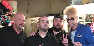 """Comedy Magician Murray SawChuck Returns to History's """"Pawn Stars"""" for his 10th Season as The Magic Expert"""