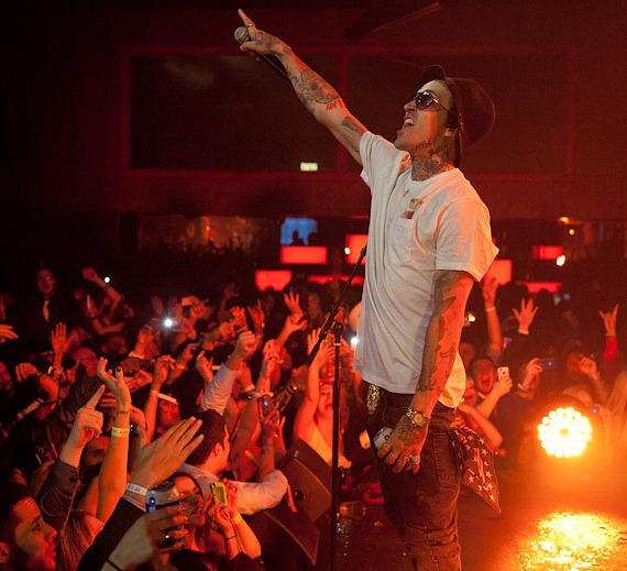 Travis Barker and Yelawolf ring in the New Year at Palms Casino Resort
