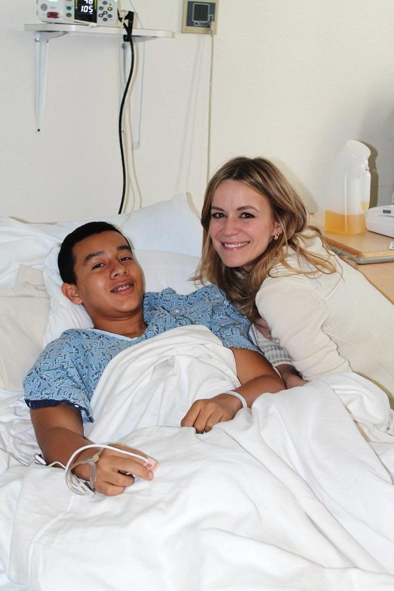 Véronic DiCaire with patient at Children's Hospital of Nevada at UMC