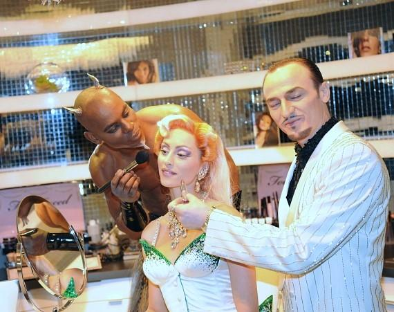Performers in Zumanity put their styling stills to the test in Kim Vo's salon