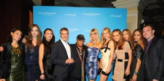 Bob Pittman and Quincy Jones (center) joined by a bevy of models and Veronique Pittman (far left) and Robert Pittman (far right)