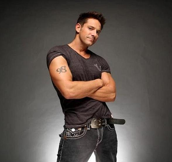 'On Air With Robert & CC' to Interview Jeff Timmons of 98 Degrees at PBR Rock Bar July 6
