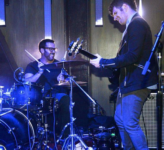 Jeremy Piven playing the drums at The Sayers Club