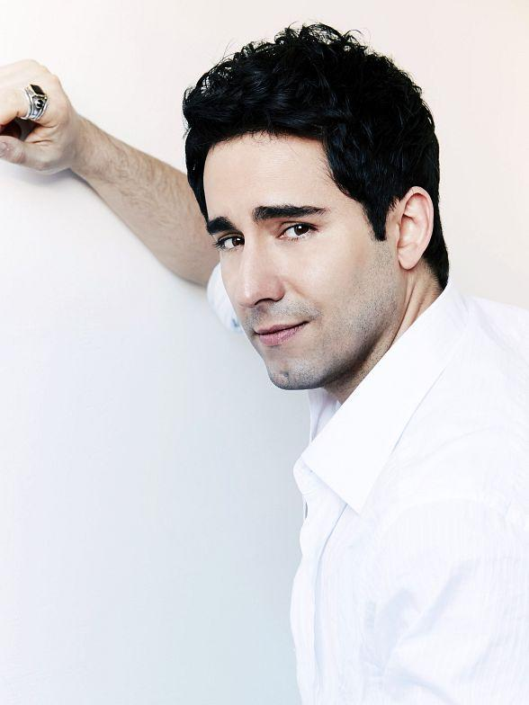 Tony Award-winner John Lloyd Young Returns to Las Vegas and The Space March 2-3