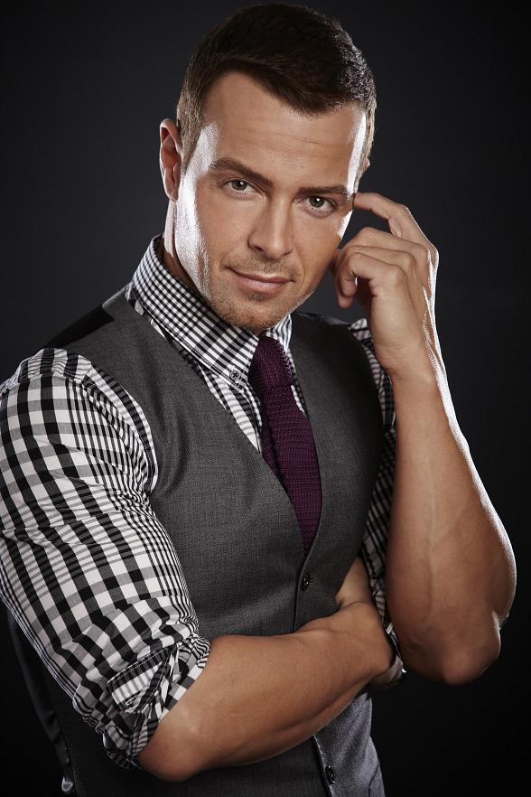 """Joey Lawrence Returns to Vegas to Host FREE """"90's Grand House Party"""" at the Downtown Grand Hotel & Casino on New Year's Eve 2019"""