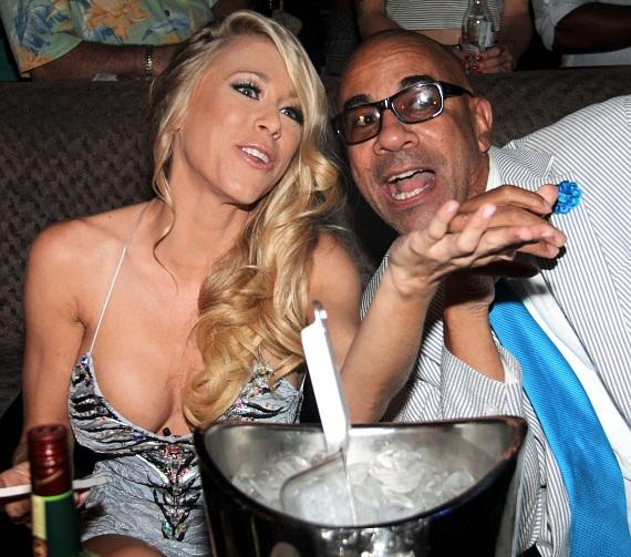 Katie MorgKatie Morgan and Johnny Brown inside Posh Boutique Nightcluban and Johnny Brown-570