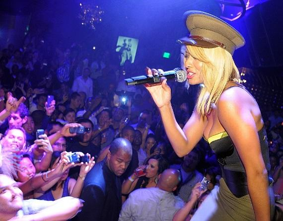 Keri Hilson performing for fans at Gallery Nightclub