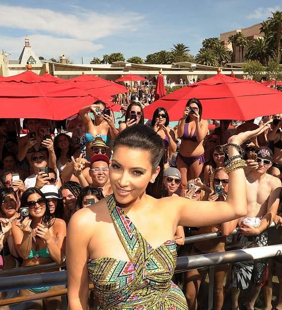 Kim Kardashian celebrates grand opening of WET REPUBLIC