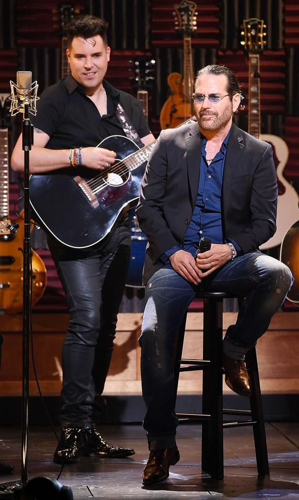 '80s Rock Singer Kip Winger joins Frankie Moreno & Band for a Special Guest Performance