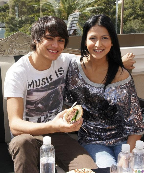 """Twilight"" Wolf Pack members, Tinsel Korey and Kiowa Gordon"