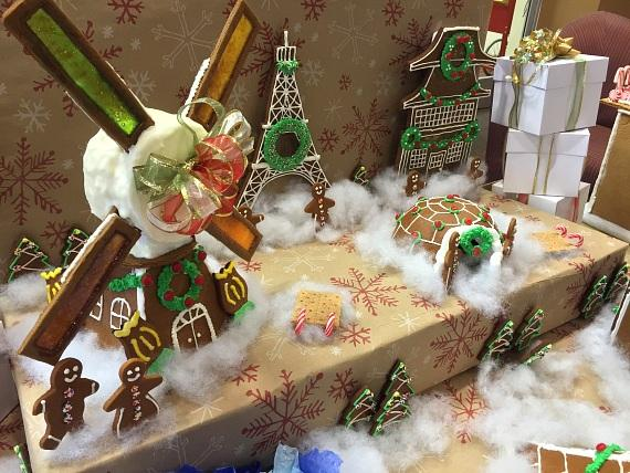 """Le Cordon Bleu Hosts Gingerbread-Themed """"One Bite"""" Competition"""