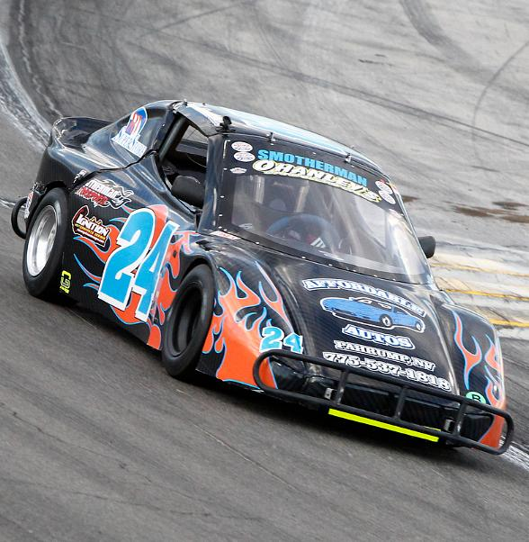 Drivers Weather Triple-Digit Heat, Rare Rain Delay at The Bullring During Chris Trickle Classic at The Bullring