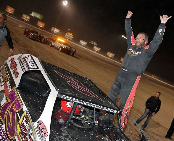 Phillips Completes Four-of-a-Kind at 20th Annual Duel in the Desert McKellar Takes IMCA Northern SportMod Main Event Title