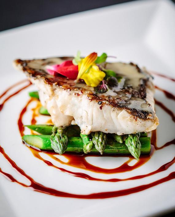 La Cave Wine & Food Hideaway Introduces Fresh, Bold Flavors with New Menu Items at Wynn Las Vegas