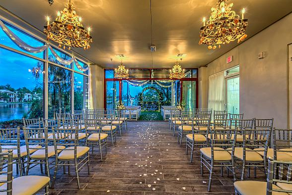 """Vegas Weddings Introduces New Outdoor Venue with """"Vegas Weddings By The Lake"""""""
