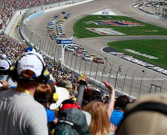 Single-Day Tickets for March 2018 Pennzoil 400 Weekend Available on Monday