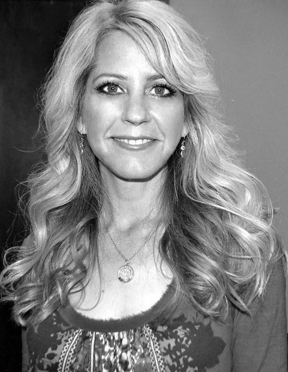 Lisa Landry Joins the Cast of Sin City Comedy & Burlesque at Planet Hollywood Resort & Casino