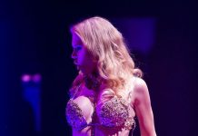 """""""Solo Strips"""" Steams Up the Absinthe Tent with Barely There Performances Benefiting Broadway Cares/Equity Fights AIDS and Aid for AIDS of Nevada"""