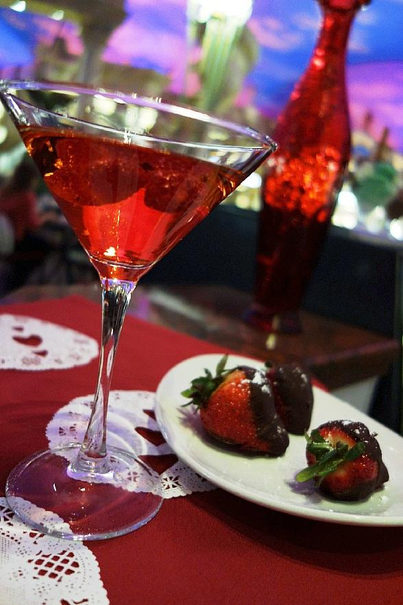 """Love Is In The Air with Trevi's """"That's Amore"""" Menu this Valentine's Day"""
