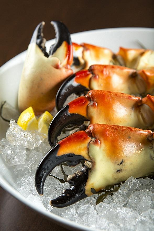 MB Steak to Welcome CES 2018 Attendees with Stone Crab and Cocktails