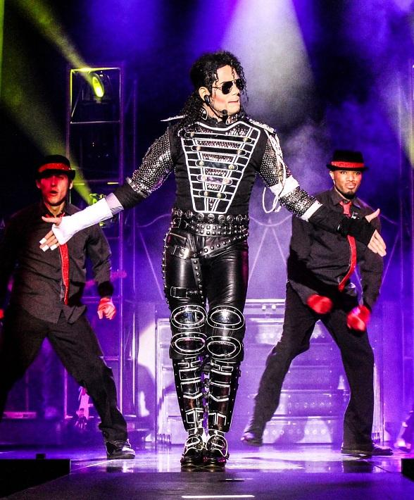"""MJ LIVE and Stratosphere Present """"Thrill"""" Package in Honor of Michael Jackson's 60th Birthday"""
