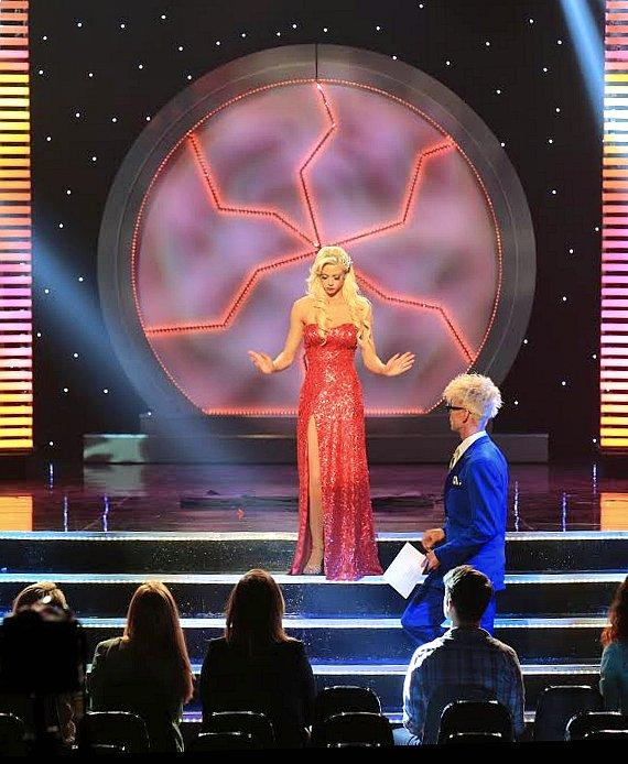 """MURRAY 'Celebrity Magician' films CW's """"Masters of Illusion"""" Season 2"""