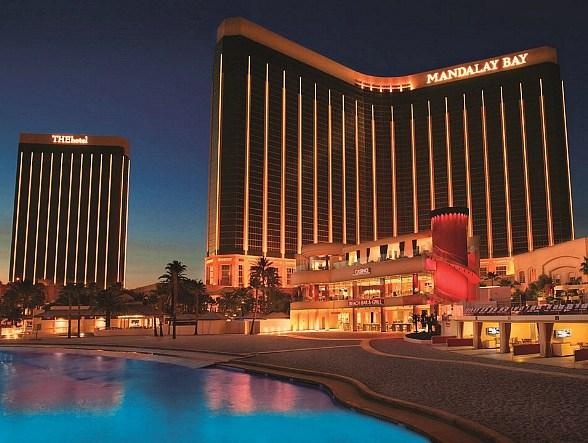 """Mandalay Bay's """"Paint The Town Gold"""" New Year's Eve Mega Party Brings Glitz and Glamour to The Strip"""