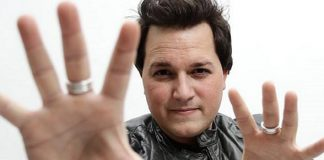 Master Illusionist Michael Turco Guests Stars in MURRAY 'Celebrity Magician' for Hurricane Sandy Relief
