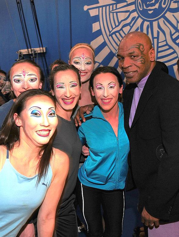 """Mike Tyson Celebrates Daughter's 15th Birthday at """"O"""" by Cirque du Soleil"""