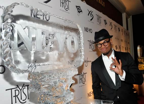 Ne-Yo with Ice Sculpture at Tryst