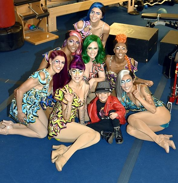 """Nick Jujicic and Family Visit """"Michael Jackson ONE"""" by Cirque du Soleil in Las Vegas"""