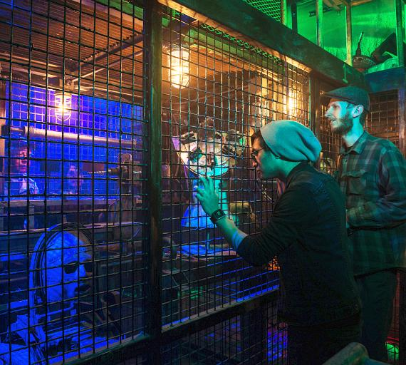 """Examining objects at the """"Official SAW Escape Experience"""" in Las Vegas"""
