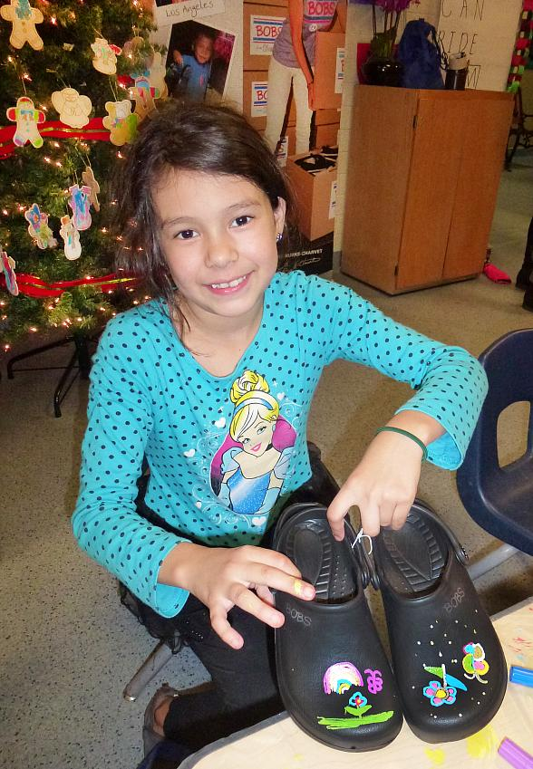 SKECHERS in Collaboration with Zappos Provide Over 200 Pairs of New Shoes for Las Vegas Area Children