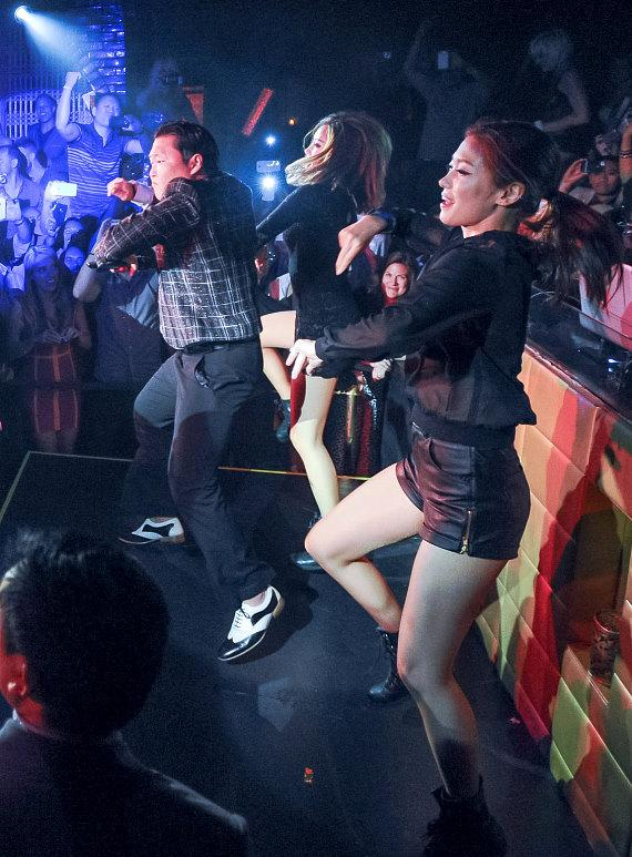 PSY Hosts Billboard Music Awards After-Party at LAVO Nightclub