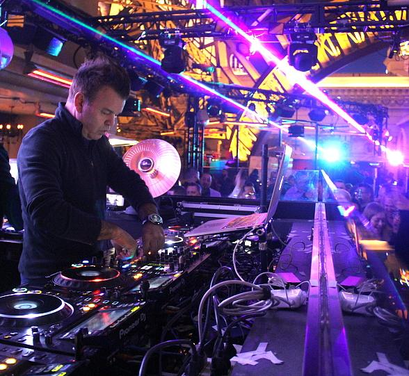 Paul Oakenfold Mades Triumphant Return to Las Vegas int Chateau Nightclub & Rooftop at Paris Las Vegas