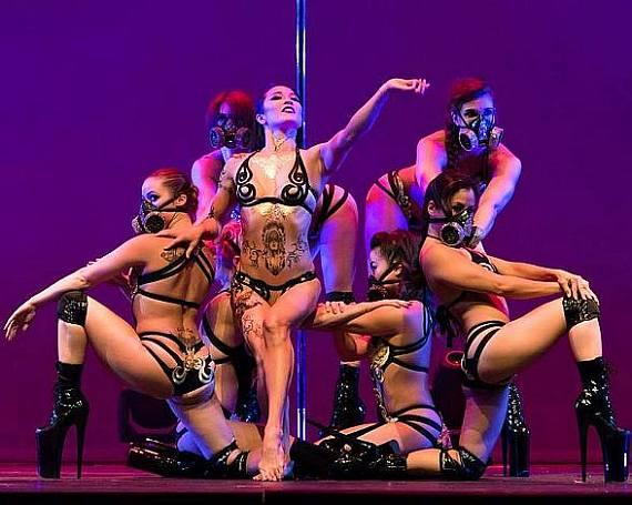 Pole Show LA Takes Over the House of Blues for Special Pole Expo 2017 Performance