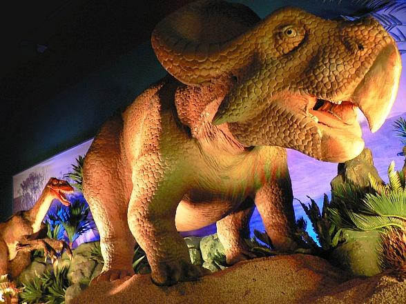 """""""Dinosaurs Unearthed"""" Roam The Springs Preserve All Summer Long"""