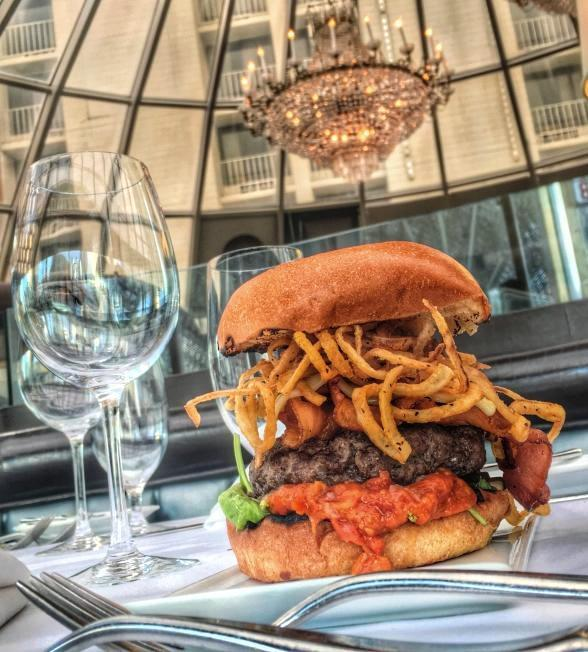 Oscar's Steakhouse at The Plaza Hotel & Casino Celebrates Summer with New Cocktails, Happy Hour Gourmet Burger and Early Bird Menu