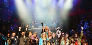 "Azure st The Palazzo Welcomes ""Rock Of Ages"" Cast for Poolside Carnevale Celebration August 4"