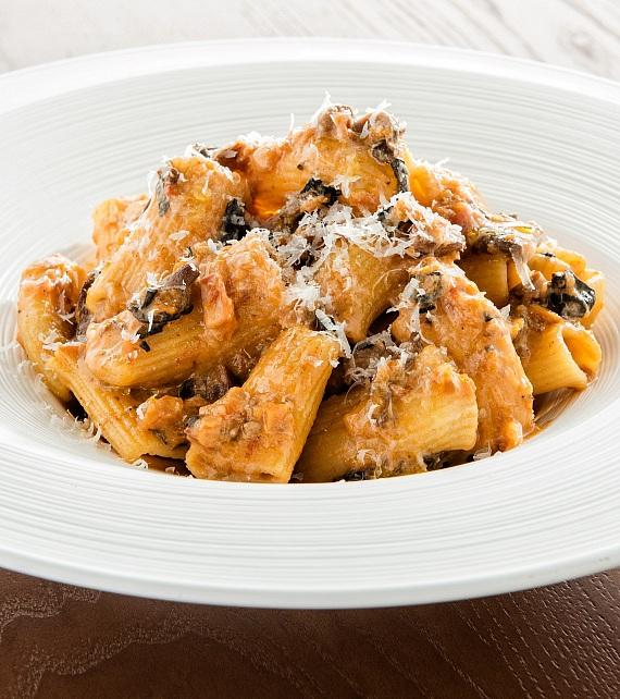 Rigatoni with vegetable bolognese at GIADA
