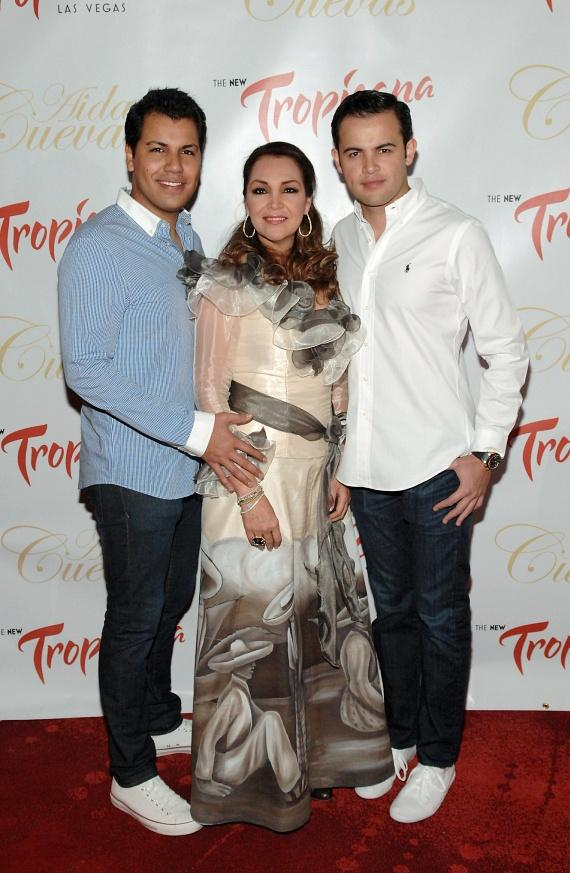 Aida Cuevas with sons Rodrigo and Diego