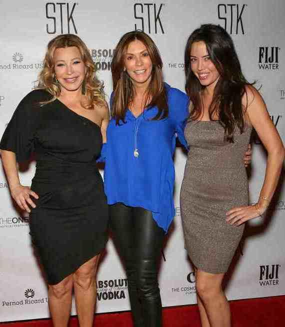 Pop star Taylor Dane posed with Celeste Fierro, senior vice president of The ONE Group and Jaimyse Haft