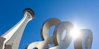 """The STRAT Hotel, Casino and SkyPod Debuts New Entryway Sculpture, """"LOOK!"""""""