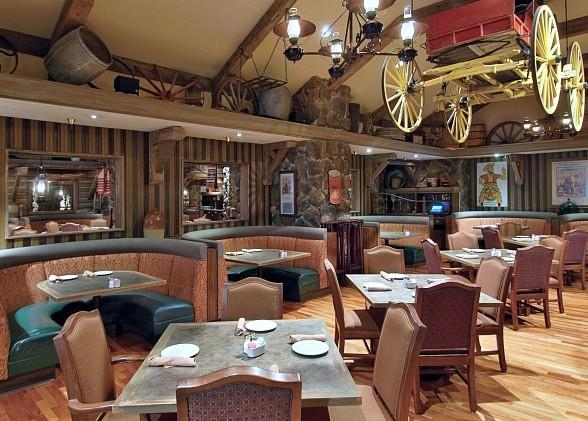 Billy Bob's Steak House and Saloon dining room at Sam's Town
