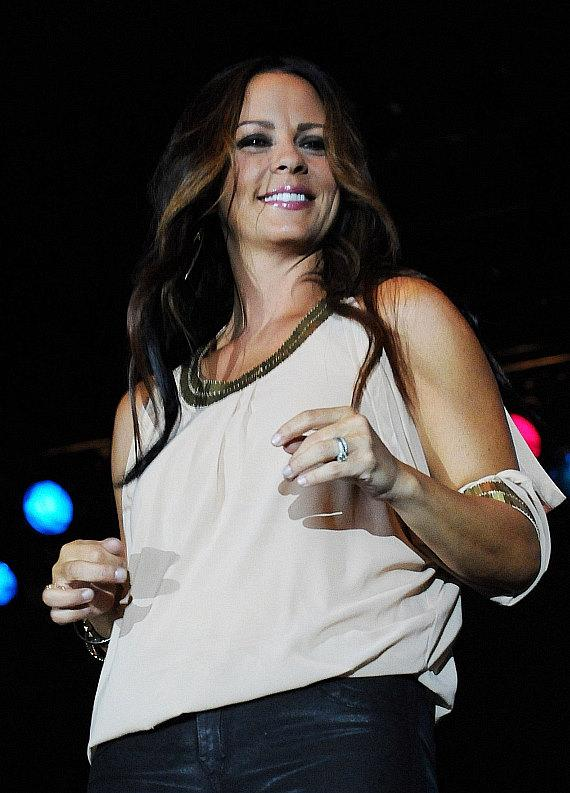 Sara Evans performs at the Eastside Cannery