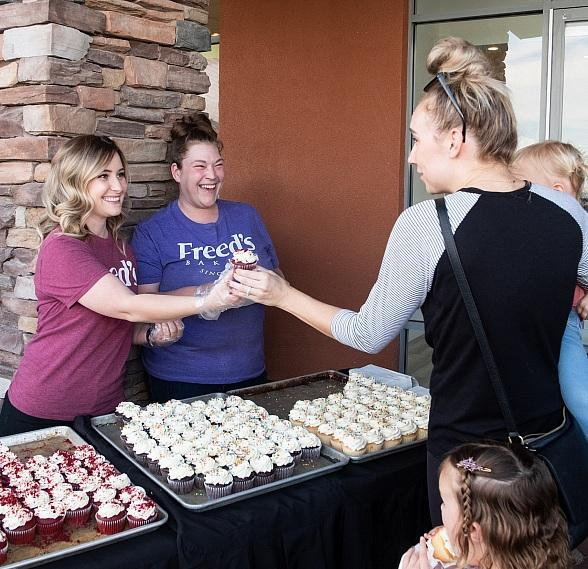 Freed's Dessert Shop Summerlin Hosts Grand Opening Celebration