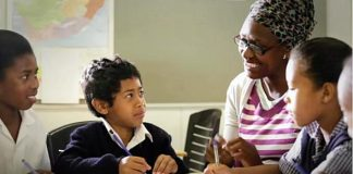 The Smith Center and Rogers Foundation's The Heart of Education Awards to Accept Nominations Starting Sunday, Oct. 11