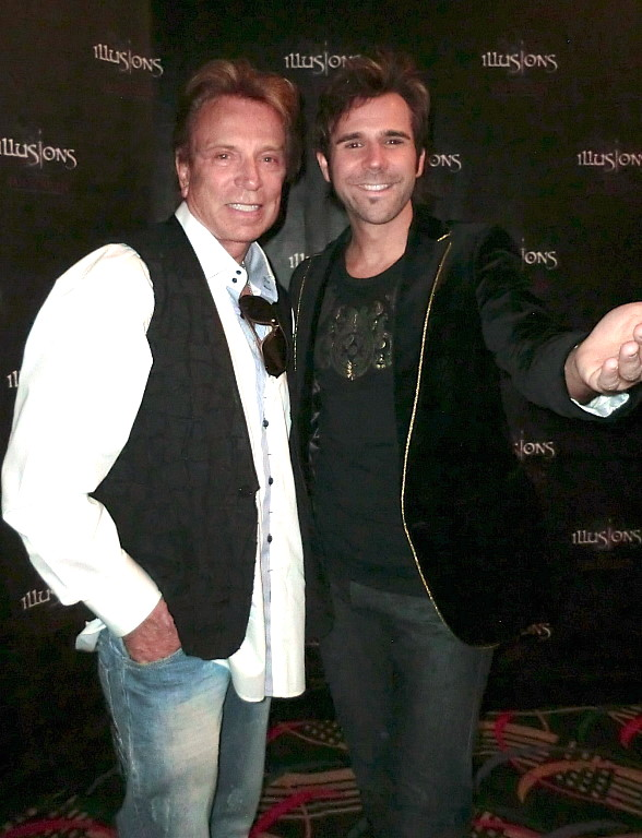 Siegfried Fischbacher Visits Jan Rouven's ILLUSIONS at Riviera Hotel & Casino